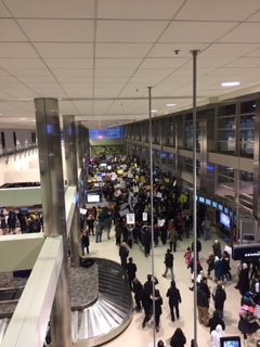 detroit-airport-protest-29-jan